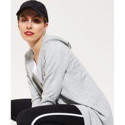 Swetry damskie: Długi sweter z kapturem – Jasny szar