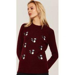 Sweter w szopy pracze - Bordowy. Czerwone swetry klasyczne damskie House, l. Za 79,99 zł.