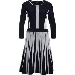 Sukienki dzianinowe: KARL LAGERFELD WHIP Sukienka dzianinowa black/white
