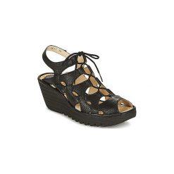Sandały Fly London  YEXA. Czarne sandały trekkingowe damskie marki Fly London. Za 519,00 zł.