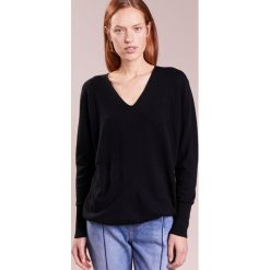 Swetry klasyczne damskie: Won Hundred LOUISA Sweter black