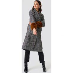 NA-KD Płaszcz w kratkę - Grey. Szare płaszcze damskie NA-KD, w kratkę. Za 364,95 zł.