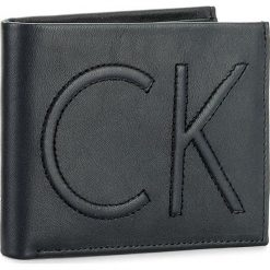 Portfele męskie: Duży Portfel Męski CALVIN KLEIN BLACK LABEL – Flip 5CC/Coin K50K503366  411