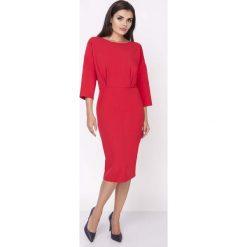 Czerwona Elegancka Wyjściowa Sukienka z Rozszerzanym Rękawem 3/4. Czarne sukienki balowe marki bonprix, do pracy, w paski, moda ciążowa. W wyprzedaży za 115,23 zł.