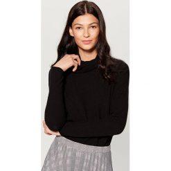 Miękki sweter z golfem - Czarny. Czarne golfy damskie marki Mohito, l. Za 79,99 zł.