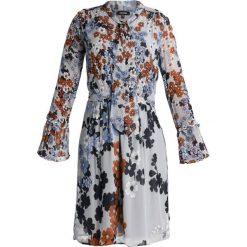 More & More Sukienka koszulowa stone grey/multi. Niebieskie sukienki marki More & More, z materiału, z koszulowym kołnierzykiem, koszulowe. W wyprzedaży za 439,20 zł.