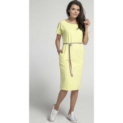 Limonkowa Prosta Sukienka Midi Przewiązana Kolorowym Sznurkiem. Szare sukienki mini marki Molly.pl, na co dzień, l, w kolorowe wzory, z krótkim rękawem, dopasowane. W wyprzedaży za 113,37 zł.