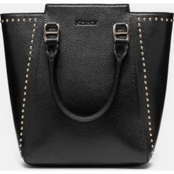 Czarna torebka damska. Czarne torebki klasyczne damskie Kazar, ze skóry, duże, zdobione. Za 749,00 zł.