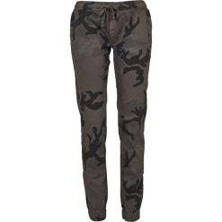 Spodnie dresowe damskie: Urban Classics Ladies Camo Jogging Pants Spodnie dresowe kamuflaż (Dark Camo)