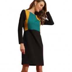 Sukienka w kolorze czarno-zielonym. Czarne długie sukienki marki Almatrichi, s, z okrągłym kołnierzem, z długim rękawem, proste. W wyprzedaży za 189,95 zł.
