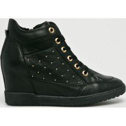 Geox - Buty. Szare buty sportowe damskie marki Geox, z materiału. W wyprzedaży za 499,90 zł.
