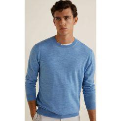 Mango Man - Sweter Willyc. Niebieskie swetry klasyczne męskie Mango Man, l, z dzianiny, z okrągłym kołnierzem. Za 199,90 zł.