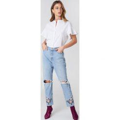 Spodnie damskie: Debiflue x NA-KD Jeansy 7/8 z wysokim stanem - Blue