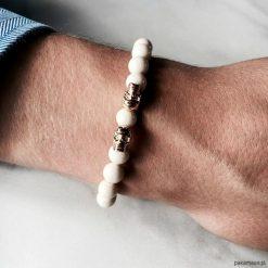 Bransoletka męska WHITE SKULL. Białe bransoletki męskie Pakamera, z kryształem, złote. Za 190,00 zł.