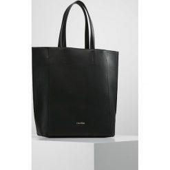 Calvin Klein METROPOLITAN TOTE Torba na zakupy black. Czarne torebki klasyczne damskie Calvin Klein. W wyprzedaży za 467,35 zł.