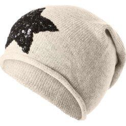 Czapka beanie w kolorze beżowym. Brązowe czapki zimowe damskie Codello, z dzianiny. W wyprzedaży za 73,95 zł.