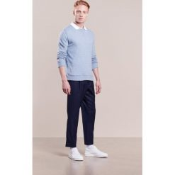 120% Cashmere Sweter gitane. Niebieskie swetry klasyczne męskie marki 120% Cashmere, m, z kaszmiru. W wyprzedaży za 642,85 zł.
