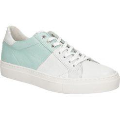 Białe buty sportowe skórzane sznurowane Creator S-2401S. Białe buty sportowe damskie marki Casu. Za 289,99 zł.