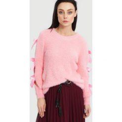 Różowy Sweter Lucky Luck. Czerwone swetry klasyczne damskie marki other, na jesień, uniwersalny. Za 54,99 zł.