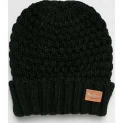 Pepe Jeans - Czapka. Czarne czapki zimowe damskie Pepe Jeans, na zimę, z dzianiny. Za 119,90 zł.