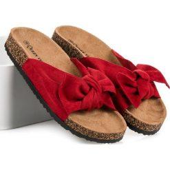 Chodaki damskie: Zamszowe klapki z kokardą QUEEN VIVI czerwone