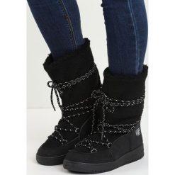 Czarne Śniegowce The Moon. Czarne buty zimowe damskie Born2be, z materiału. Za 79,99 zł.