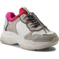 Sneakersy BRONX - 66167-A BX 1525 White/Red/Fuchsia. Białe sneakersy damskie Bronx, z materiału. W wyprzedaży za 399,00 zł.