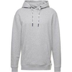 Kardigany męskie: Tommy Jeans CONTEMPORARY HOODIE Bluza z kapturem light grey heather
