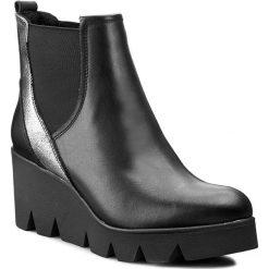 Botki KARINO - 1577/076 Czarny. Fioletowe buty zimowe damskie marki Karino, ze skóry. W wyprzedaży za 209,00 zł.