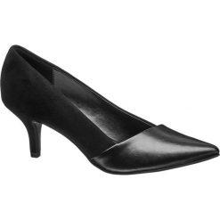 Czółenka damskie Graceland czarne. Czarne czółenka marki Graceland, w kolorowe wzory, z materiału. Za 79,90 zł.