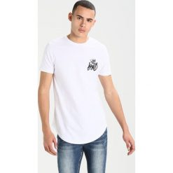 T-shirty męskie z nadrukiem: Kings Will Dream LOGO CARRIER TRAVIS Tshirt z nadrukiem white