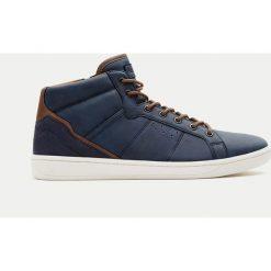 Buty męskie: Sportowe botki z łączonych materiałów