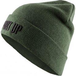Czapka damska CAD611 - khaki - Outhorn. Brązowe czapki zimowe damskie Outhorn, na zimę. W wyprzedaży za 24,99 zł.