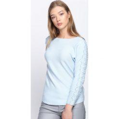 Jasnoniebieski Sweter Love Street. Szare swetry klasyczne damskie Born2be, xl, z koronki, z dekoltem w łódkę. Za 64,99 zł.