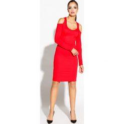 Czerwona Ołówkowa Sukienka z Wyciętymi Ramionami. Czerwone sukienki asymetryczne marki Molly.pl, na co dzień, l, z asymetrycznym kołnierzem. Za 199,90 zł.