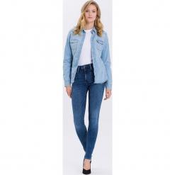 """Dżinsy """"Natalia"""" - Super Skinny fit - w kolorze niebieskim. Niebieskie rurki damskie marki Cross Jeans, z aplikacjami. W wyprzedaży za 113,95 zł."""