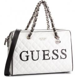 Torebka GUESS - HWVY71 75070 WML. Białe torebki klasyczne damskie marki Guess, z aplikacjami, ze skóry ekologicznej. Za 679,00 zł.