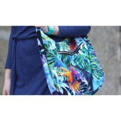 Kolorowa torba palmy papugi liście tropikalne. Szare torebki klasyczne damskie Pakamera, w kolorowe wzory. Za 179,00 zł.