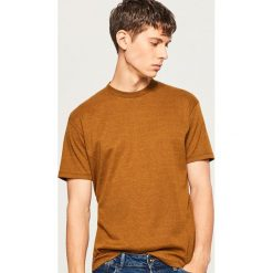 T-shirt z melanżowej dzianiny - Żółty. Żółte t-shirty męskie marki Reserved, l, z dzianiny. Za 49,99 zł.