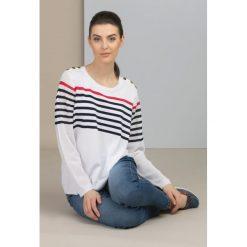 Swetry klasyczne damskie: Sweter w barwne prążki
