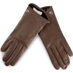 Rękawiczki Damskie COCCINELLE - AY2 Guanti E7 AY2 41 18 01 S Taupe 175. Brązowe rękawiczki damskie marki Coccinelle, ze skóry. W wyprzedaży za 339,00 zł.