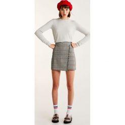 Swetry klasyczne damskie: Miękki sweter basic