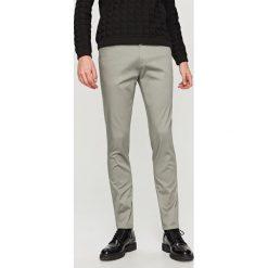 Rurki męskie: Spodnie slim fit – Szary