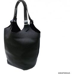 Torebka skórzana czarna. Czarne torebki klasyczne damskie Pakamera, ze skóry. Za 210,00 zł.