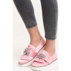Trampki damskie slip on: Różowe Slip On Never Too Late