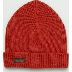 Pepe Jeans - Czapka. Czerwone czapki zimowe męskie Pepe Jeans, z bawełny. W wyprzedaży za 84,90 zł.