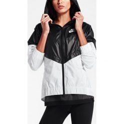 Nike Kurtka damska Windrunner czarno-biała r. M (804947-010). Czarne kurtki sportowe damskie marki Nike, xs, z bawełny. Za 272,58 zł.
