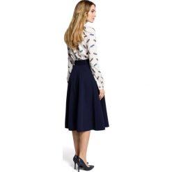 SABRIA Spódnica rozkloszowana z paskiem  - granatowa. Niebieskie spódniczki rozkloszowane Moe, w paski. Za 119,00 zł.