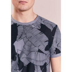 BOSS Orange TARIT Tshirt z nadrukiem light grey. Niebieskie koszulki polo marki Tiffosi. Za 329,00 zł.