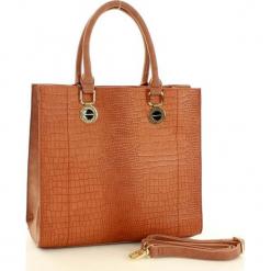 MONNARI Elegancka torebka ze zwierzęcym printem brązowy. Brązowe kuferki damskie Monnari, w geometryczne wzory, ze skóry, na ramię, z tłoczeniem. Za 169,00 zł.